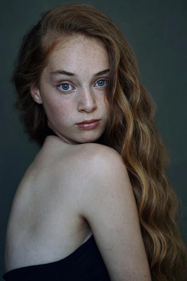 Yuna L